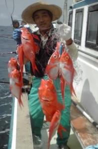 キンメ連釣1~3kg級